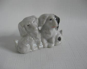 Small MIJ Figurine of Two Spaniel Dogs/Puppies - Lusterware and Cold Paint