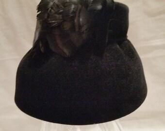 Vintage Velour 1950's Bucket Hat. Black Velour Royals Bucket Hat. Vintage Bucket Hat with Feathers.