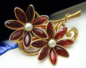 Vintage Flower Fur Clip Red Poured Glass Petals Faux Pearl Center Gold Tone