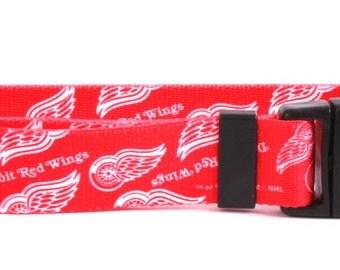 Detroit Red Wings Standard Collar