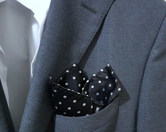 SILK Pocket Square with Polka Dots in Black and White