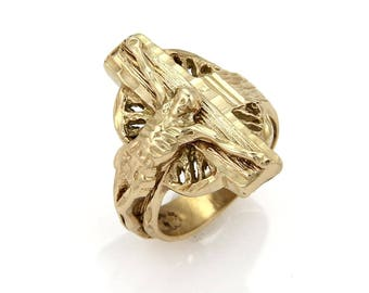 15718 - Vintage 14k Yellow Gold Jesus on The Cross Ring Size - 8