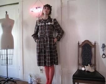 70's Plaid Ruffle Dress sz Sm