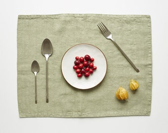 Sage Stone Washed Linen Placemat