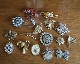 17 Vintage Costume Jewelry Brooches, Pins, 1940-1970