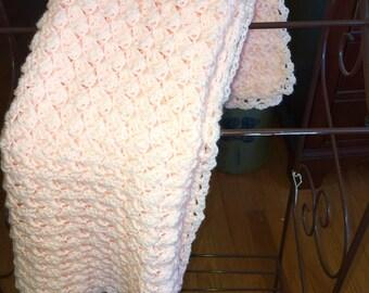 Crochet Baby Blanket in Peach