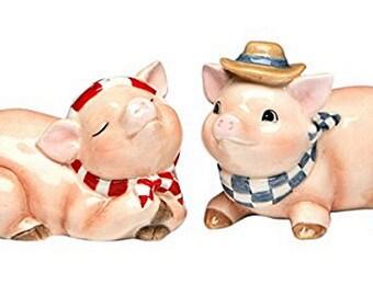 Barn Yard Pig Salt and Pepper Set