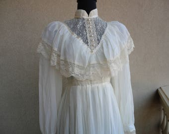 RESERVED FOR ANN ---Beige Gunne Sax Dress