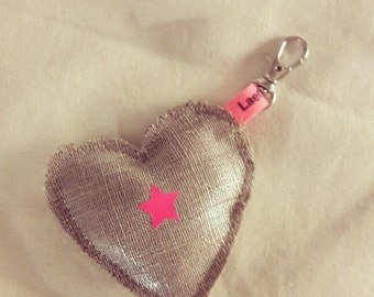 Keyring in silver-flax irrise shape heart