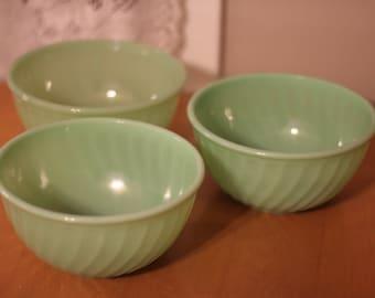 Set of 3 Jadeite 8 inch Swirl Bowl by Nine Star Vintage