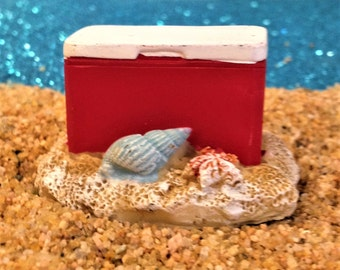 Miniature Beach Ice Chest Fairy Garden Accessory