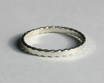 Flattened Twist Wire Spinner Ring, Thumb Ring, Spinner Ring, Silver Thumb Ring