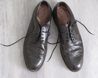 Vintage Dark Brown Leather Wing Tip Shoes - Mens size 12