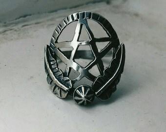 The Pentagram Garden ring sz 8