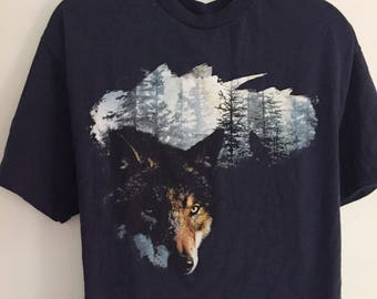 Vintage Navy Wolf Graphic T Shirt.