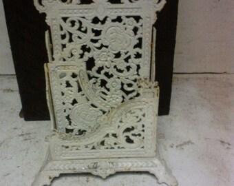 Cast iron letter holder