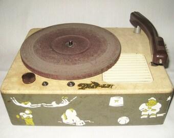 Vintage TRAV-LER Childrens Circus Electronic Phonograph Record Player Model 7036