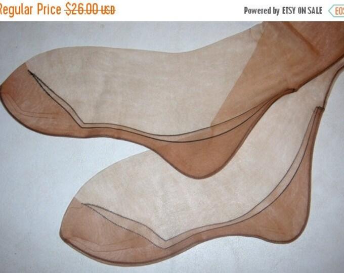 "Vintage Belfry black outline foot & ankle fancy design nylon stockings 9 1/2 X 30"""