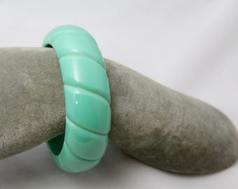 Teal 1940s *Celluloid* Rounded Bangle Bracelet