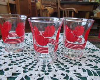Vintage tomato juice glasses - set of 3