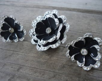 Black and Silver Brooch and Earring Set (Made in Germany)