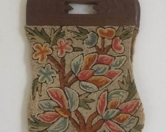 Vtg 20's Crewelwork floral bag/20's embroidered floral bag /20's purse