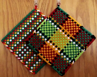 Pair of LARGE Handmade WOVEN Potholders HOTPADS  Coordinated in Bright Colors