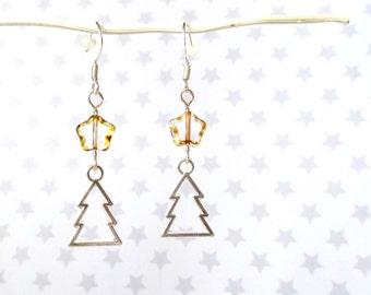 Christmas tree earrings - Christmas party earrings - Gold stars - Christmas jewellery - Novelty earrings - Stocking filler - Gift for her