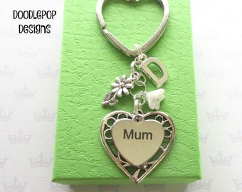 Mother's Day gift - Daisy keyring - Mum Birthday gift - Mum keyring - Gift for mum - Mum keychain - Daisy keychain - Stocking filler - UK
