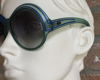 Oversize  woman sunglasses, Christian Dior Vintage 80's, pre-loved in prestine condition, carved green and blue