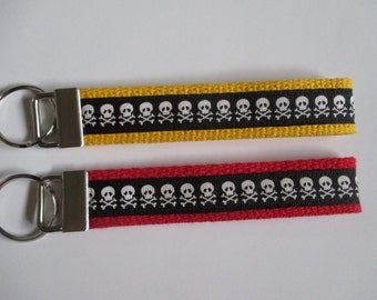 Skull and Crossbones Key Fob