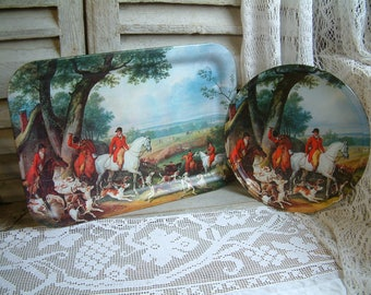 Set of 2 vintage equestrian metal trays. English hunting scene. Horse and Hound. Tea trays. Horses serving tray. English castle.
