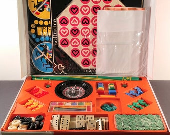 Vintage Casino Games Set in Vinyl Carrying Case. With Several Gambling Games Including Roulette, Domino, Checkers, Cribbage & Bingo.
