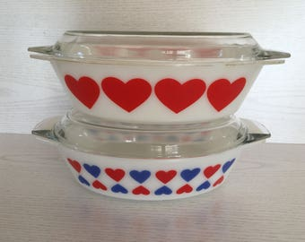 Very rare Pyrex JAJ heart dishes