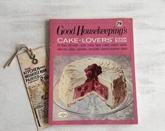 Vintage 1971 Good Housekeeping's Cake Lovers' Cookbook