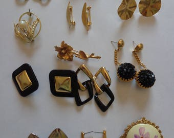 Vintage Jewelry Lot Earrings and Brooches Vintage Jewelry Bundle Vintage Jewerly Vintage Variety of Jewerly Vintage