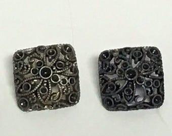 """3/4"""" Silver Filigree button, Vintage button, Square Silver button, Anodized Silver, Dome Button, Sweater Button, Anodized Filigree"""