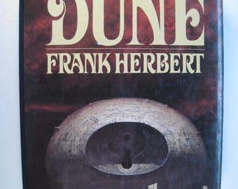 1st Ed./1st Prt. Chapterhouse Dune by Frank Herbert - Very Good/Very Good 1985 Hardcover & Dust Jacket ISBN: 0399130276