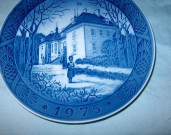 Vintage Plate, Royal Copenhagen, Denmark, 1975, Blue & White, WAS 15.00 - 50% = 7.50