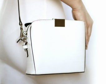 Free shipping! White bag, leather bag, white leather bag, white purse, white shoulder bag, white bag, small bag, white crossbody