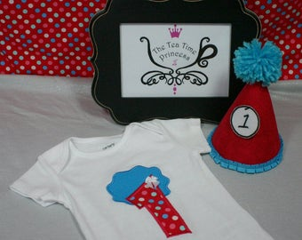 Thing 1 Thing 2 Twin Girl Birthday Outfit. 2 Piece Outfit. Shirt/Hat OR Shirt/Necklace OR Shirt/Tutu. Seuss Cake Smash/Photo Prop/Costumes.