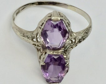 Edwardian 14k White Gold Filigree Two Stone Fancy Cut Hexagonal  Amethyst Ring Size 10.5 Hallmarked