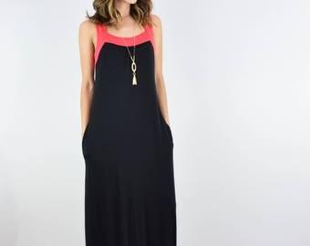 Color Accent Pocket Maxi Dress