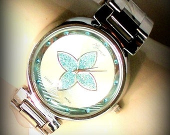 Free Shipping! Crystal Blue Flower Watch