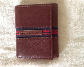 REDUCED! Perry Ellis Unisex brown leather wallet