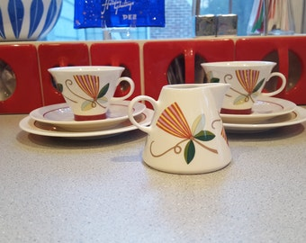 Arabia Finland  Harlekin Cups and Creamer