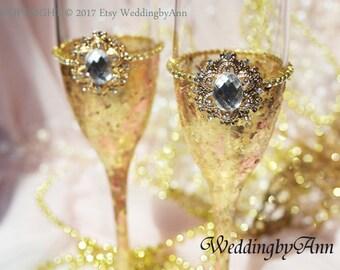 Gold Wedding Flutes, Wedding Glasses, Toasting flutes, Gold Wedding, Wedding gift, Anniversary gift, Bridal shower gift, Set of 2