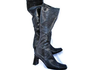 Vintage boots / SNAKE LEATHER BOOTS / Slouchy boots