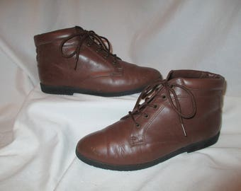 Vintage Danexx leather granny boots size 6 M