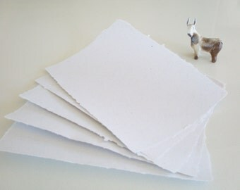 Llama Fibre Paper, Hand-made, Recycled Paper with Llama Fibre, Deckle Edge Paper, White Paper, Recycled White Paper, A5 Recycled Paper